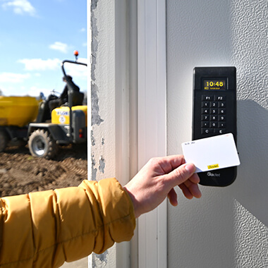 Clocking on construction sites and mobile sites with Xtrem
